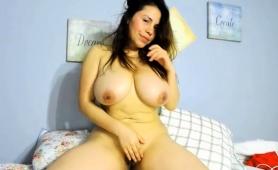 big-breasted-amateur-milf-flaunts-her-body-and-masturbates